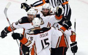 Прогноз и ставки Чикаго Блэкхоукс – Анахайм Майти Дакс, НХЛ (24.05.2015)