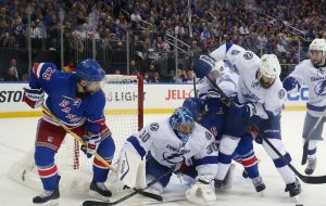 Прогноз и ставки Нью-Йорк Рейнджерс – Тампа Бэй Лайтнинг, НХЛ (30.05.2015)